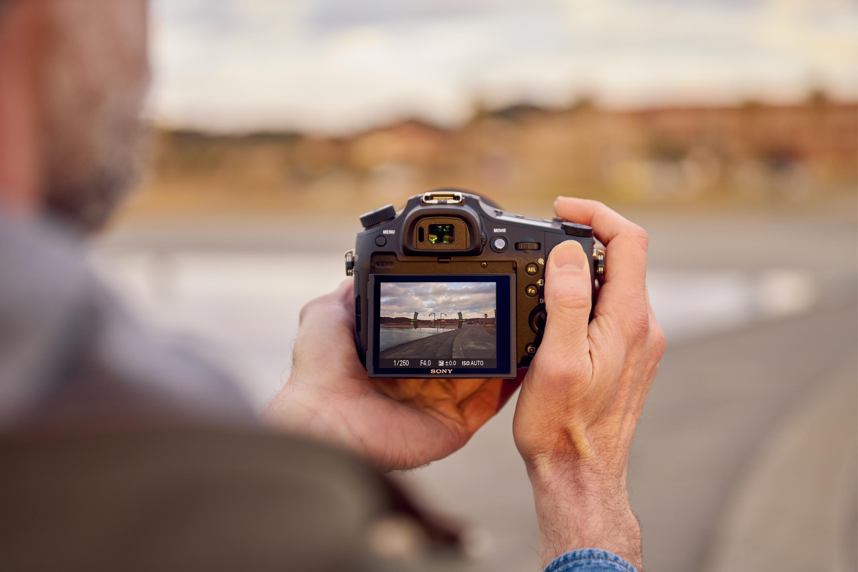 Confronta fotocamere digitali bridge 82