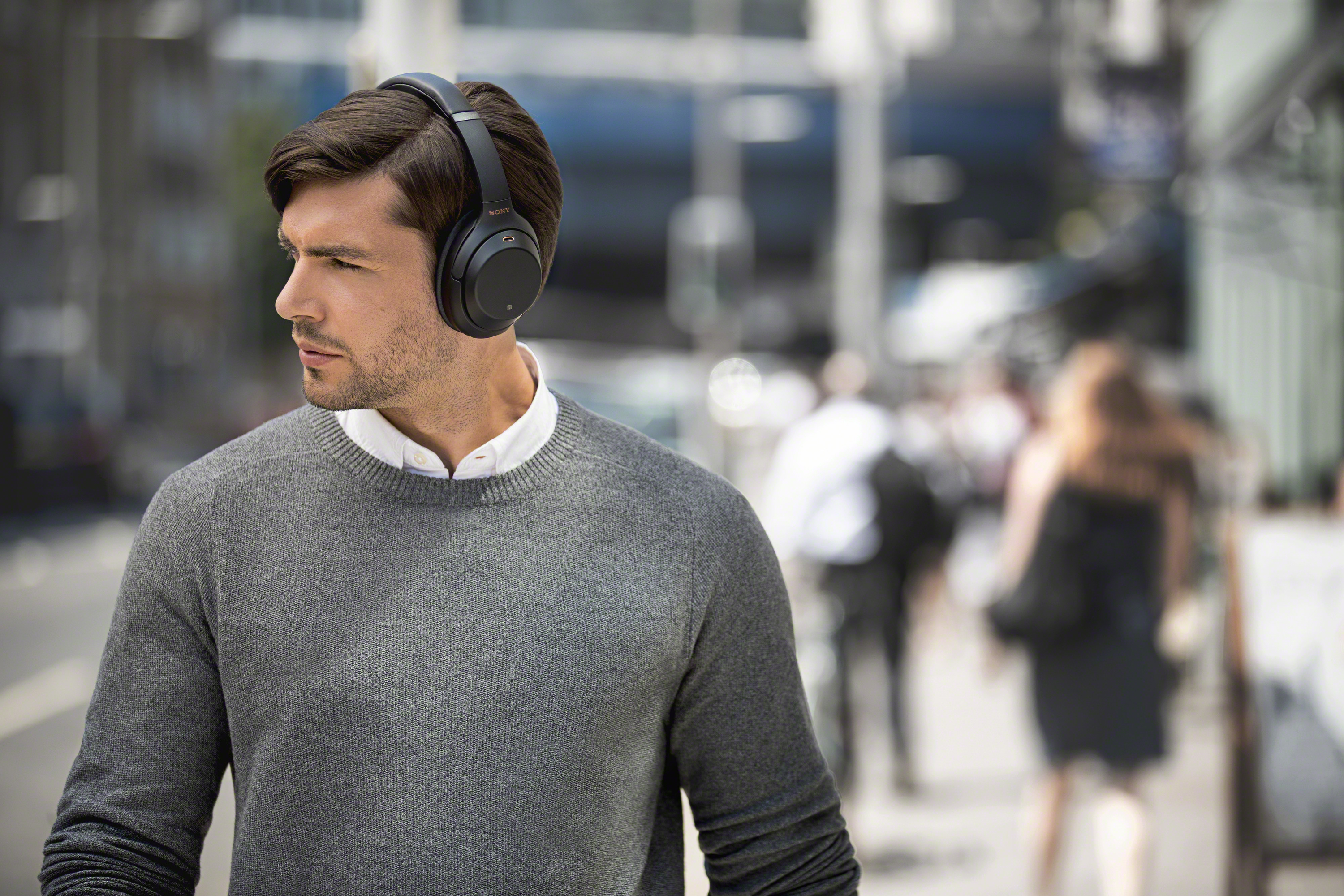 Sony-WH-1000XM3-Wireless-Noise-Canceling-Over-Ear-Headphones-w-Google-Assistant thumbnail 9
